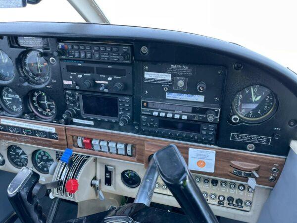 Piper PA28R-200